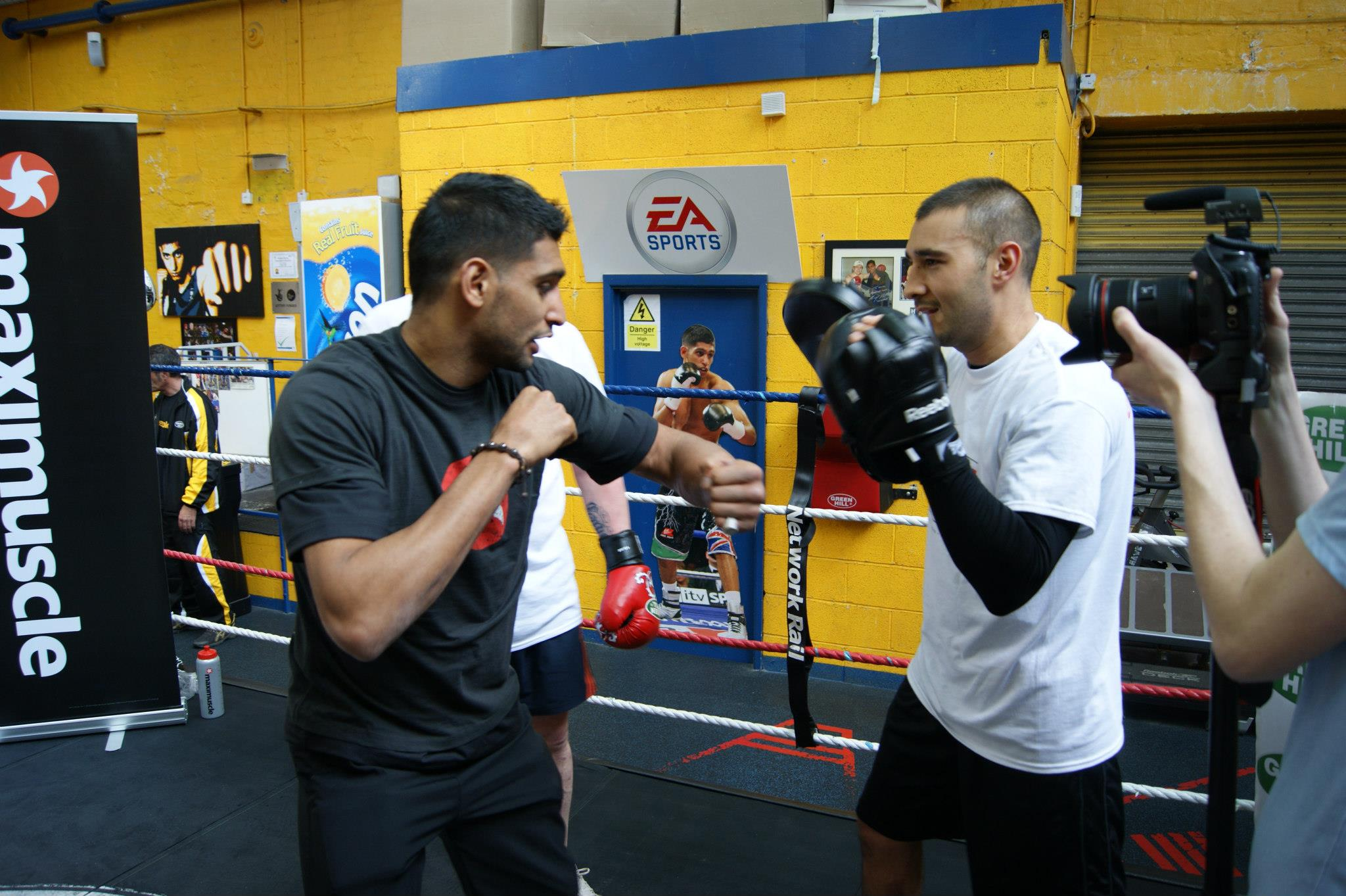 Amir Khan puts one of the contenders through his paces